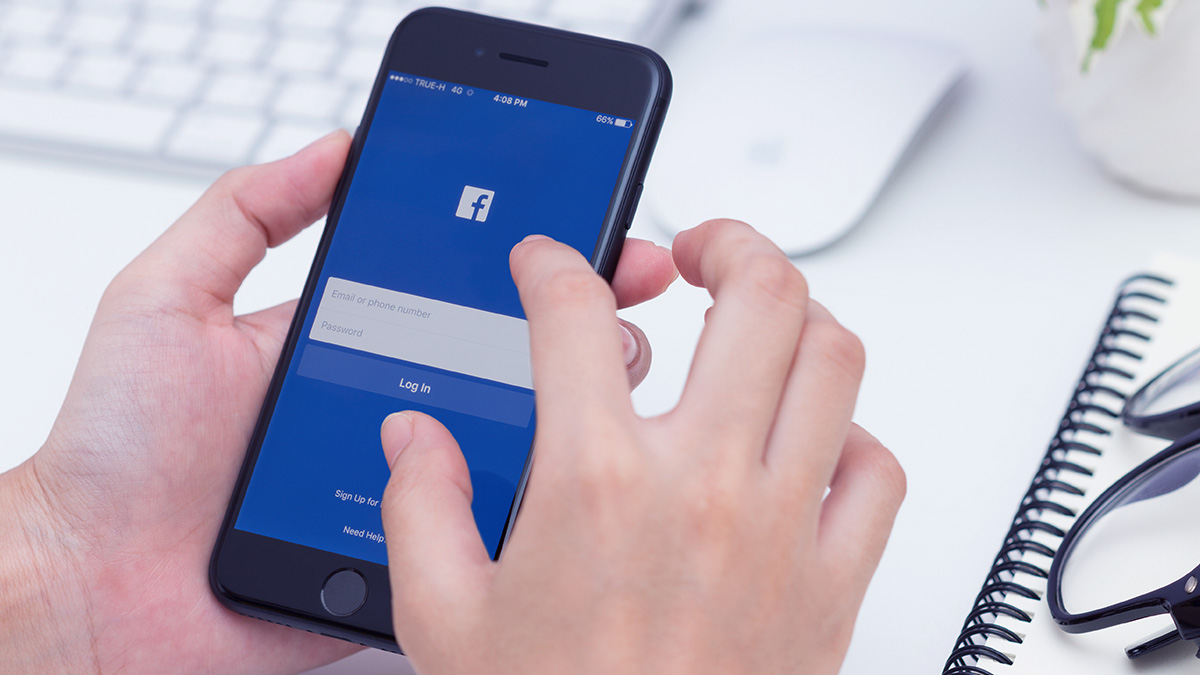 How to delete Facebook account permanently and temporarily